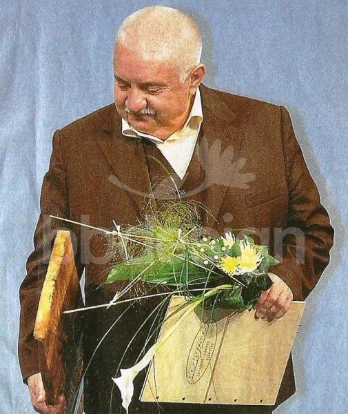 117f89fe3 Kytica pre muža k 60 | kvety online | eshop s kvetmi | BB Design
